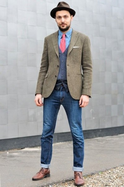 Sweater Vest And Tie With Jeans 84